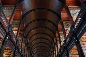 library-428034_640